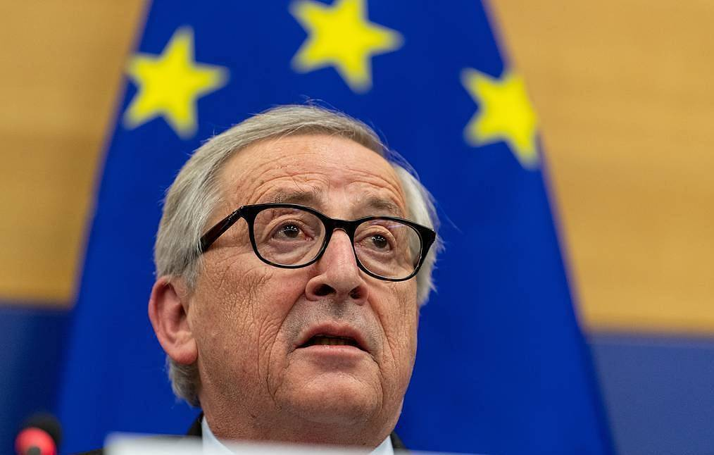 European Union  chief Jean-Claude Juncker cuts holiday short for 'urgent surgery'