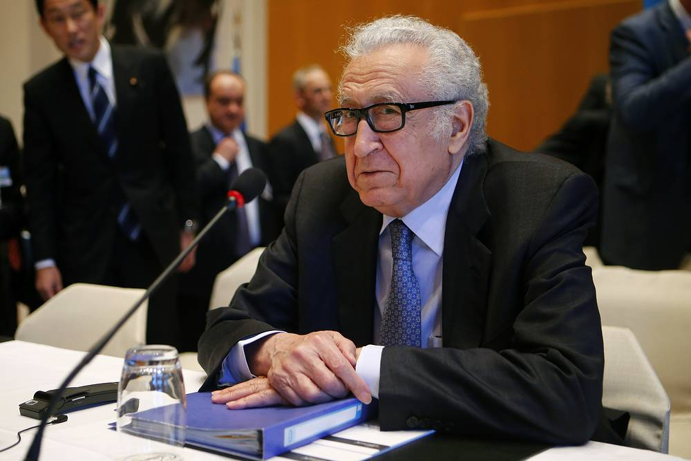 UN-Arab League envoy for Syria Lakhdar Brahimi awaits peace talks in Montreux
