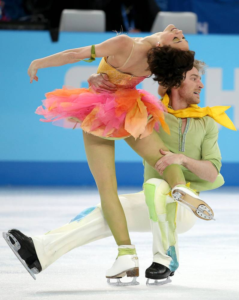 Nathalie Pechalat and Fabian Bourzat of France