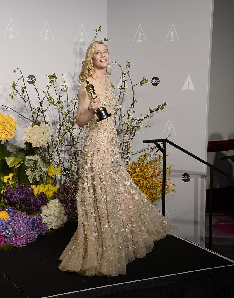 Australian actress Cate Blanchett holds the Oscar for Best Performance by an Actress in a Leading Role