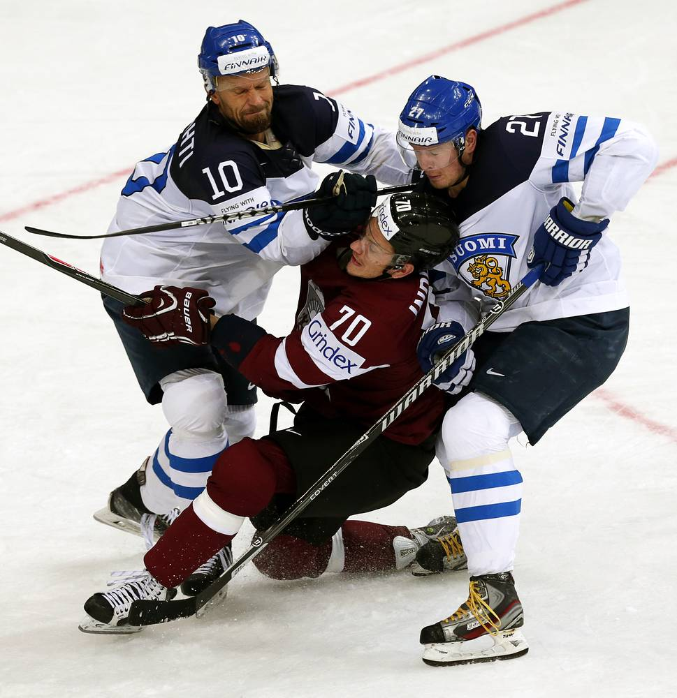 Finland lost 3:2 to Latvia