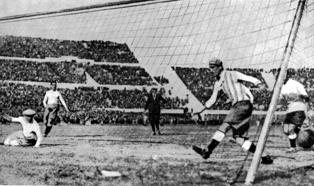 Uruguay defeated Argentina by four goals to two in the 1930 World Cup final in Montevideo. Photo: Uruguay's first goal in the final