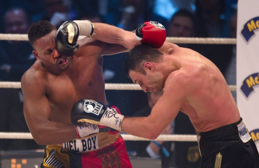 In February 2012, Klitschko defended his World Boxing Council heavyweight title in a fight against British boxer Dereck Chisora