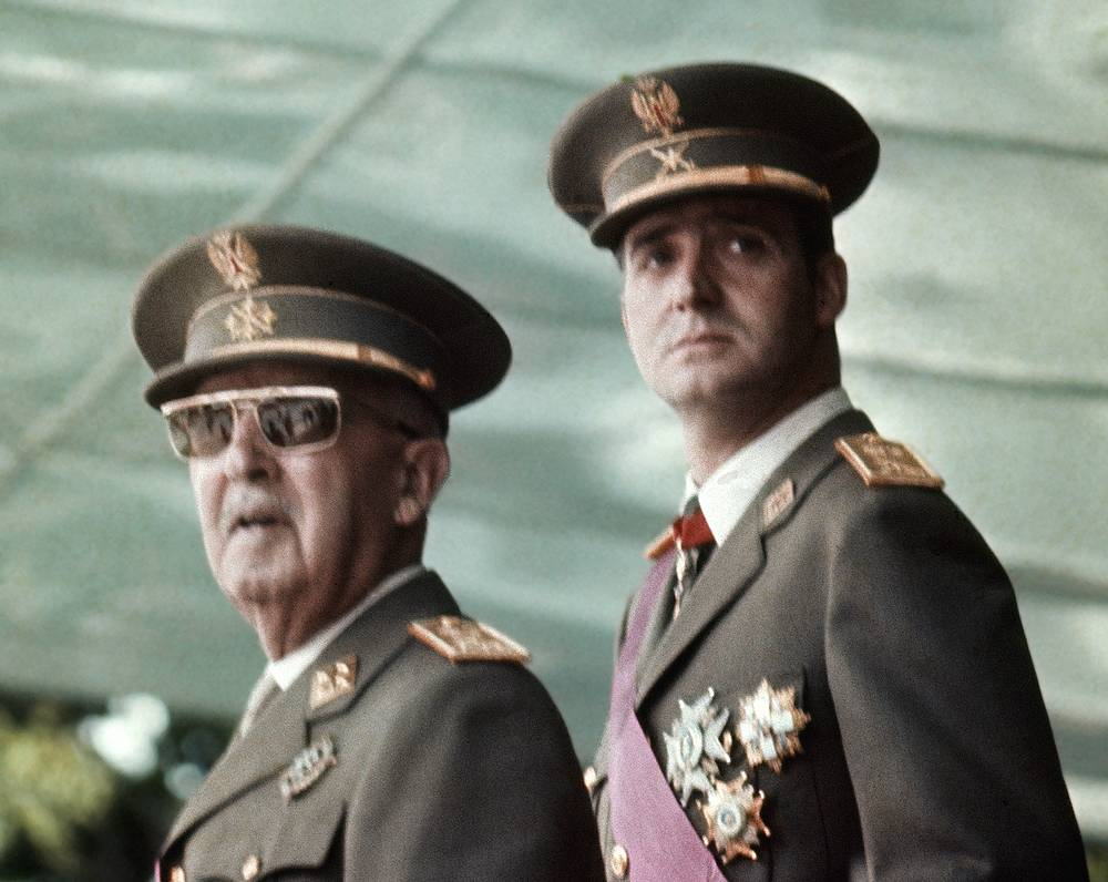 Juan Carlos was named as the next head of state by Spanish dictator Francisco Franco in 1969. Photo: Francisco Franco, left, with his future successor as King, Prince Juan Carlos de Borbon