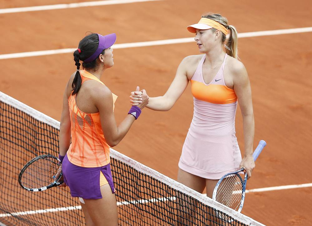 In the quarterfinal Sharapova met Spain's Garbine Muguruza and won 1-6, 7-5, 6-1