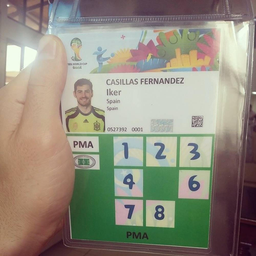 Spanish goalkeeper Iker Casillas posted a photo of his accreditation card