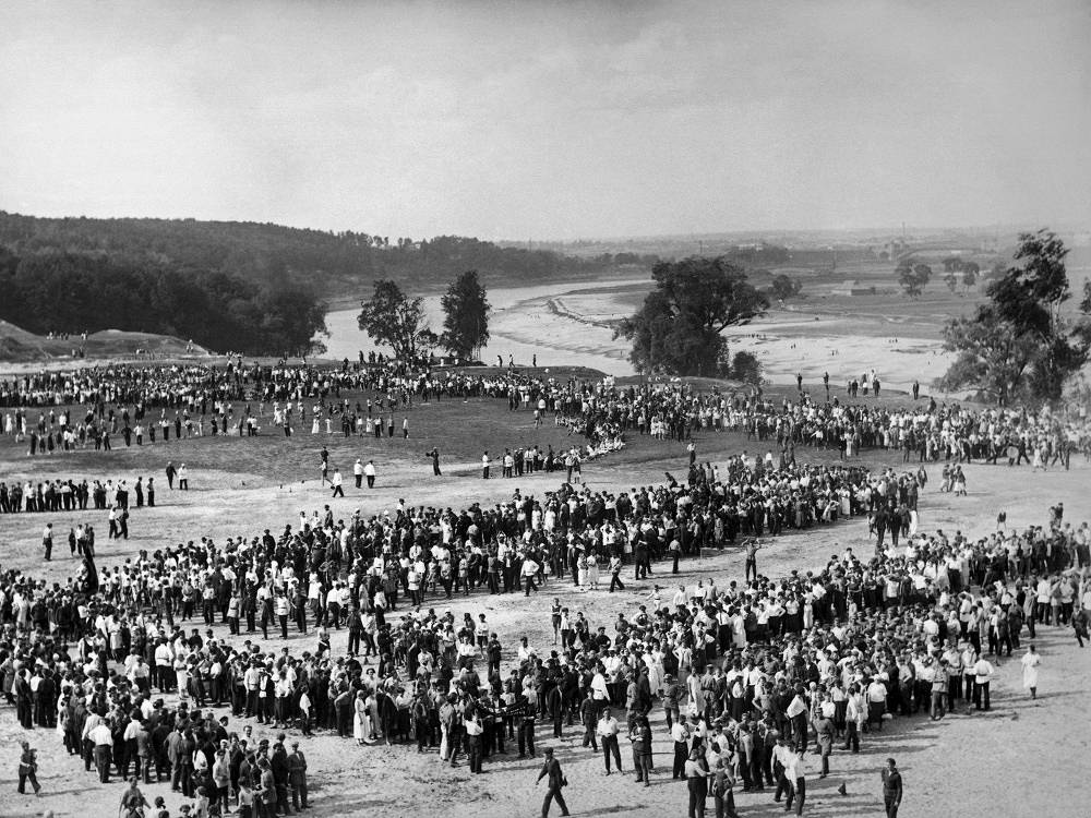 Festivities on the Vorobyovy Gory in Moscow, 1920