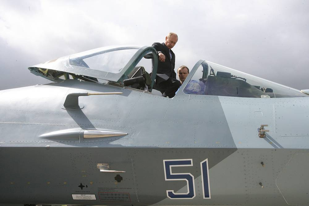 In 2010 Vladimir Putin, at that time Russia's prime minister, visited Gromov Airfield in Zhukovsky to inspect test flights of Russia's new stealth fighter jet, Sukhoi T-50