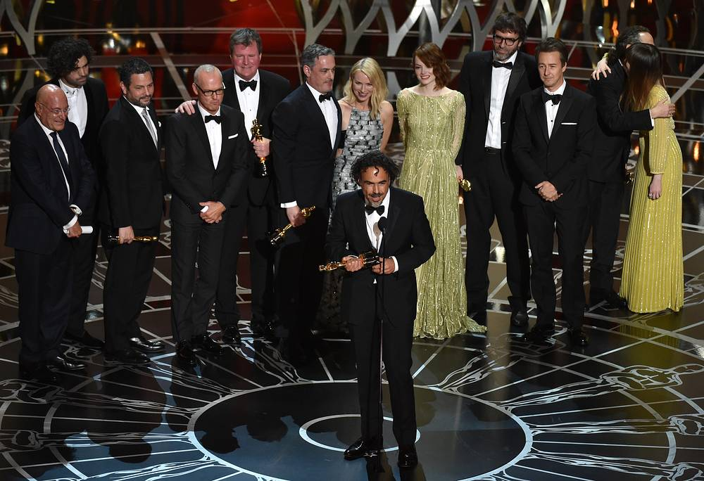 """Birdman"" received Oscar for the best picture at 87th annual Academy Awards in Los Angeles. Photo: Alejandro G. Inarritu, center, and the cast and crew of the film accepting the award for the best picture"