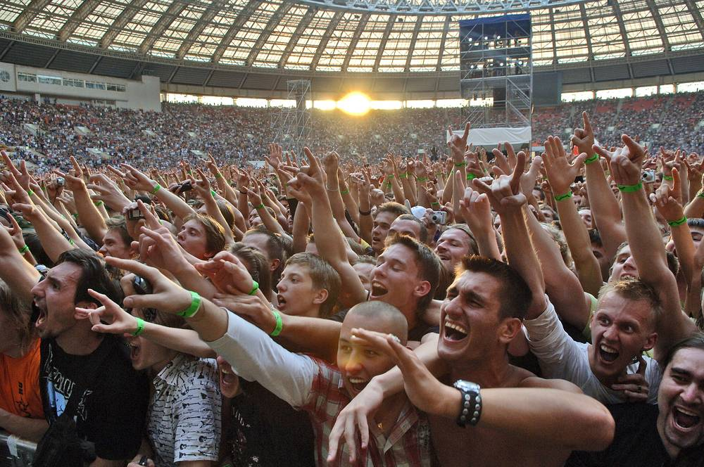 Fans during Metallica concert at Moscow's Luzhniki stadium, 2007