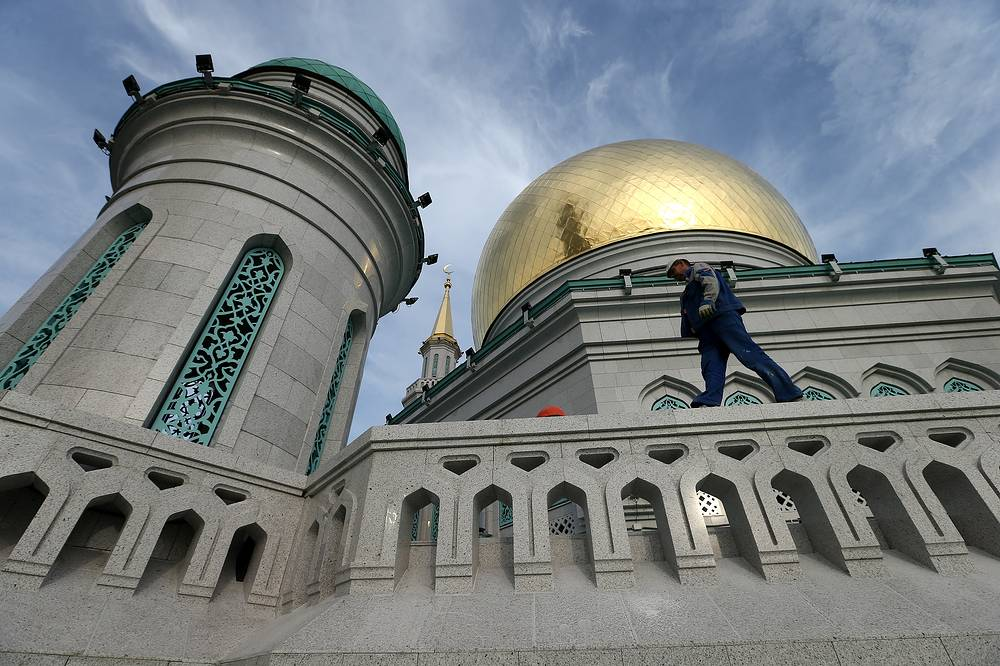 Now, the mosque will be able to host not 500, but 10,000 people at a time