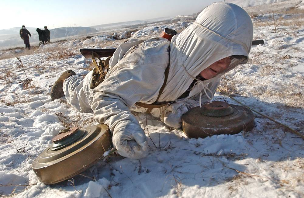 Military engineer in camouflaged uniform seen during exercise held by the Siberian military district, 2008
