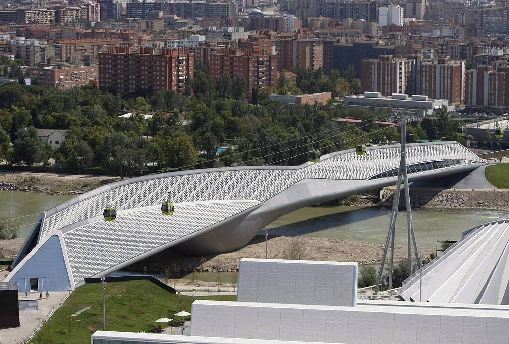 Bridge Pavilion in Zaragoza, Spain
