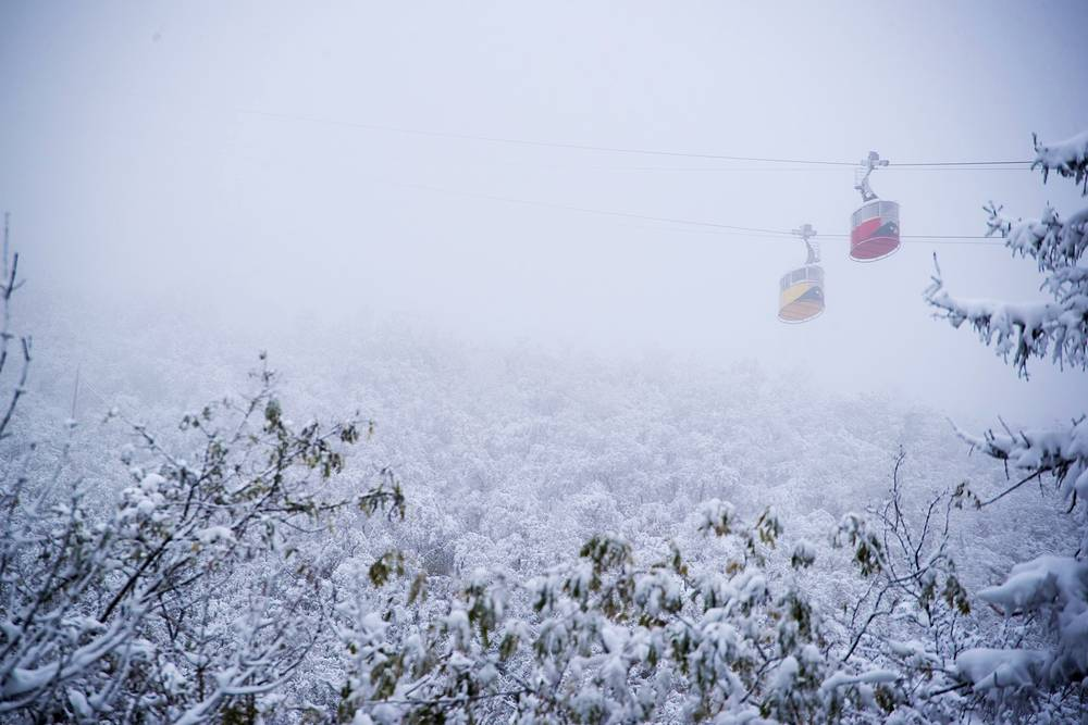 A cable car on Mount Mashuk in the city of Pyatigorsk after a snowfall, Russia, October 26