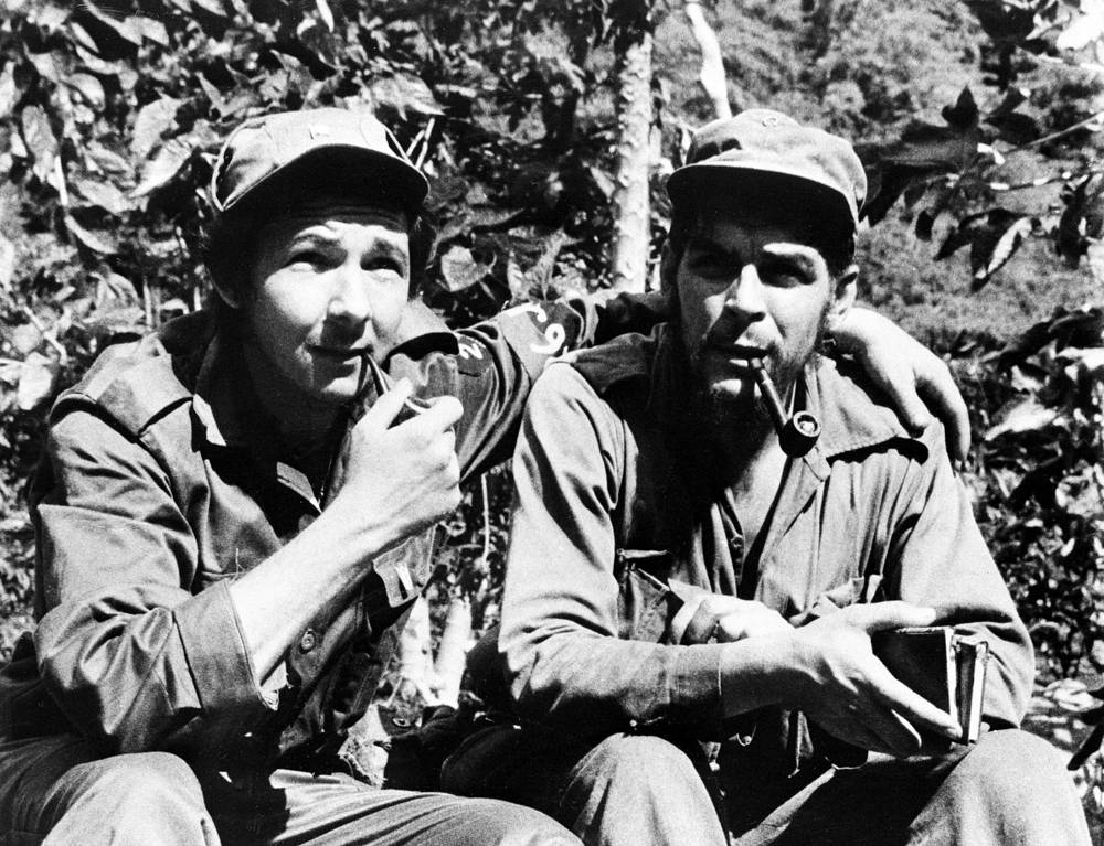 """Another group of rebels, led by Ernesto """"Che"""" Guevara, marched toward the capital, Havana. On December 31, 1958, the city of Santa Clara not far from the capital fell to the revolutionary forces. Photo: Raul Castro and Ernesto """"Che"""" Guevara, 1958"""