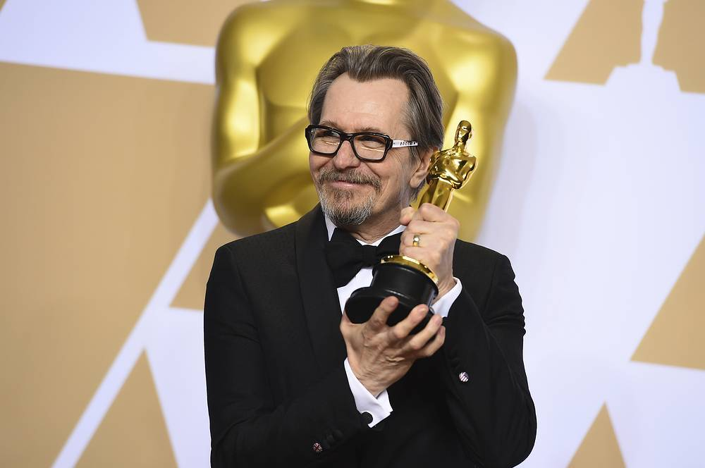 "Gary Oldman, winner of the award for best performance by an actor in a leading role for ""Darkest Hour"""