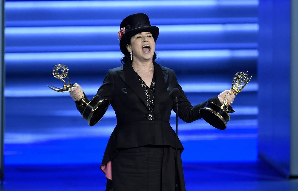 "Amy Sherman-Palladino accepts the award for outstanding directing for a comedy series for ""The Marvelous Mrs. Maisel"""