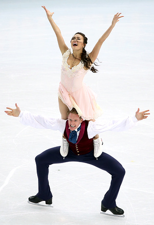 Madison Chock and Evan Bates of USA