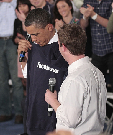 US President Barack Obama and Mark Zuckerberg in 2007