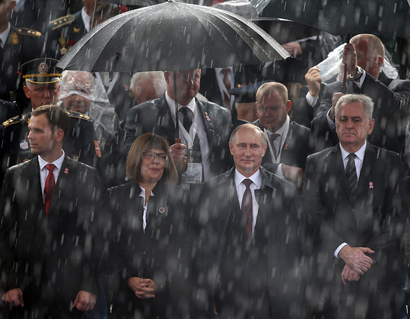 Photo: Vladimir Putin and Tomislav Nikolic attend a military parade in Belgrade, Serbia, 16 October 2014