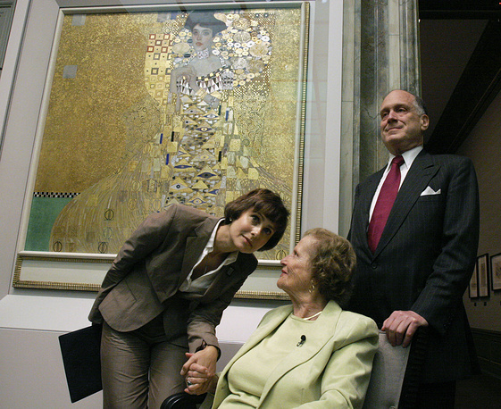 """In 2006 cosmetics magnate Ronald Lauder payed $135 million for Gustav Klimt's portrait of a Viennese lady from 1907 """"Adele Bloch-Bauer 1"""""""