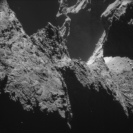 The aim of the ROLIS experiment is to study the texture and microstructure of the comet's surface. Photo: cliffs of the comet's large lobe