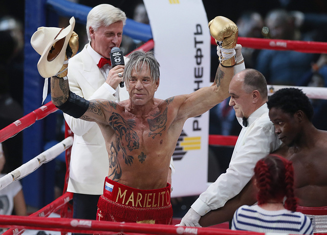 Hollywood star Mickey Rourke wins on return to boxing ring in a match at the Rossiya concert hall in downtown Moscow, November 28