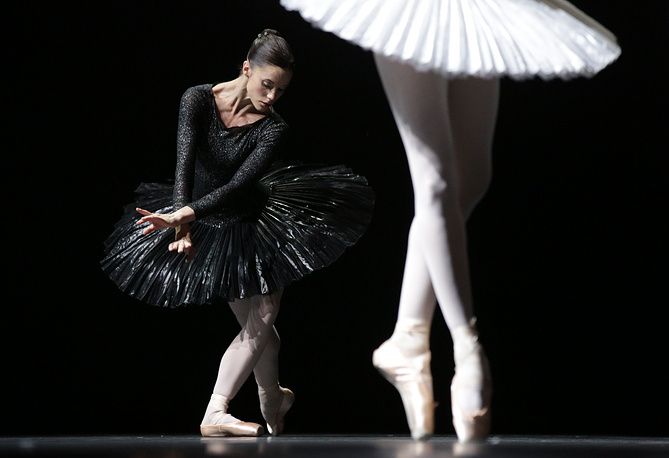 A performance of the Scottish Ballet as part of the Chekhov Theater Festival in Moscow
