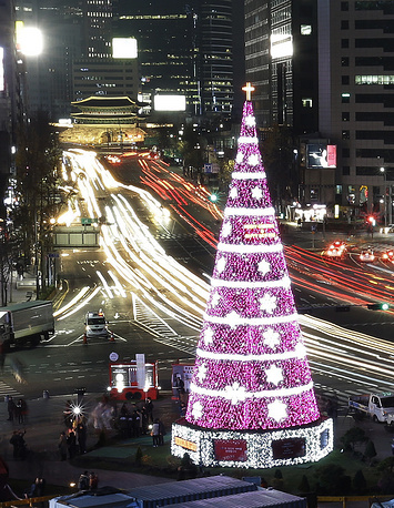 21-meter high Christmas tree at Seoul City Hall Plaza, South Korea
