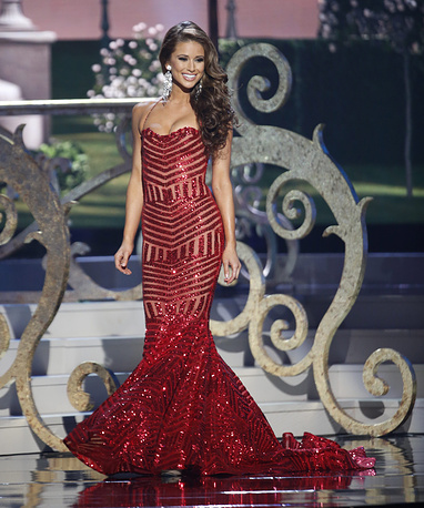 Miss USA Nia Sanchez during evening gown competition
