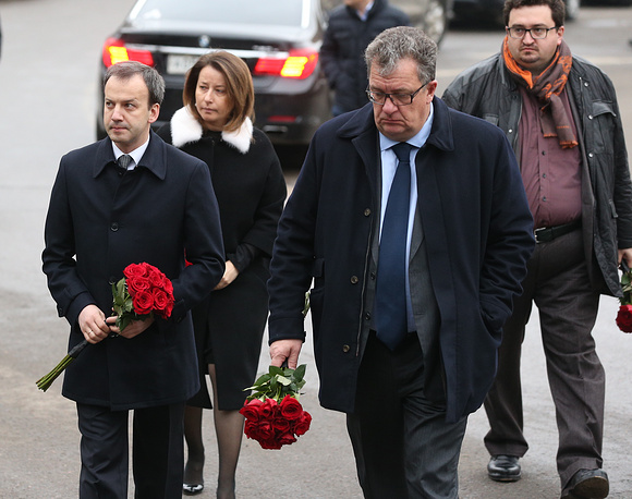 Russia's deputy prime minister Arkady Dvorkovich and Sergei Prikhodko, Russia's deputy prime minister, Russian government's chief of staff outside the Sakharov Museum and Public Center ahead of a mourning ceremony for Boris Nemtsov