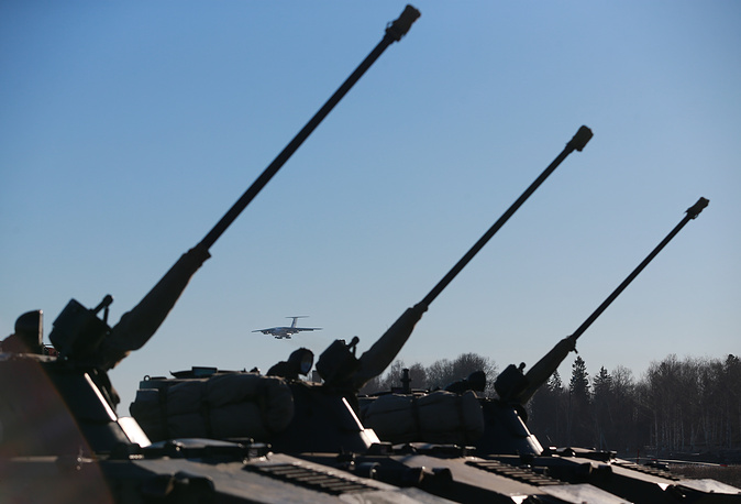 Russian airborne troops participating in military exercise