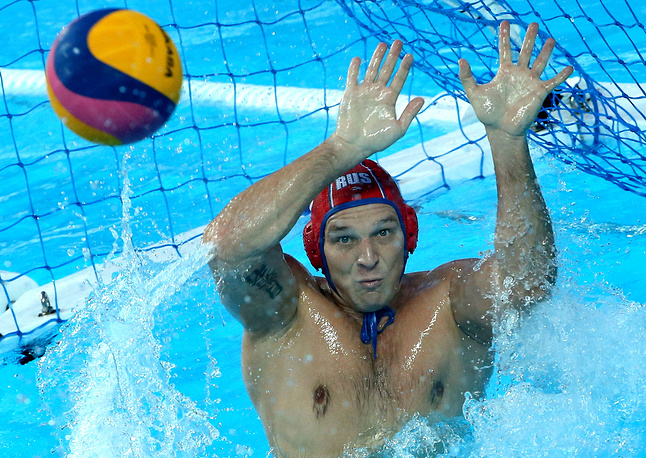 Russia's Viktor Ivanov in men's preliminary round group B water polo game against Italy at the 16 FINA World Championships, July 29
