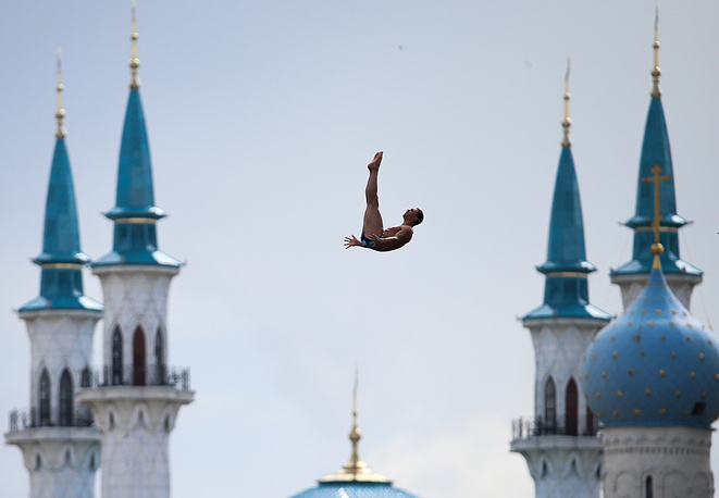 Michal Navratil of the Czech Republic seen during the men's 27 meter high dive final, Aug. 5