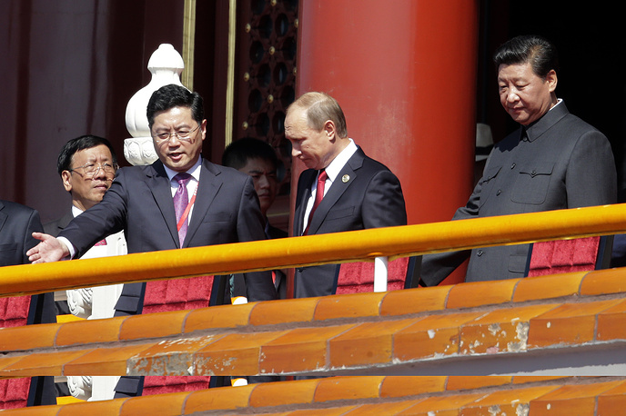 Russian President Vladimir Putin and Chinese President Xi Jinping at the parade