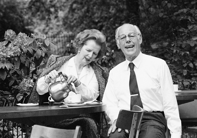 Margaret Thatcher is famously said to have slept for only four hours at night and going on vacation for a week, spending the time with her husband in Switzerland. Photo: Britain's Prime Minister Margaret Thatcher and her husband Denis Thatcher