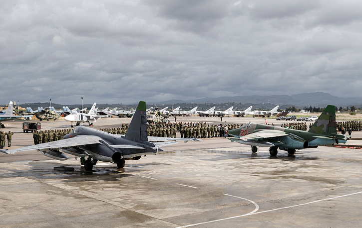 Russian aircraft preparing to leave the Hmeimim air base for their permanent base in Russia