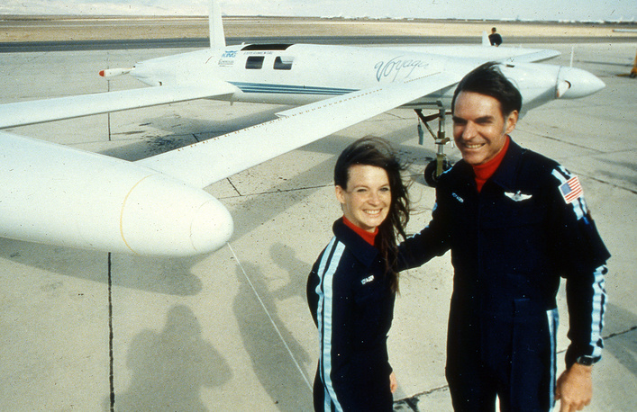 In 1986 co-pilots Dick Rutan and Jeana Yeager made the first non-refueled round-the-world flight in an airplane. Journey in an experimental aircraft called Voyager lasted 9 days, 3 minutes and 44 seconds