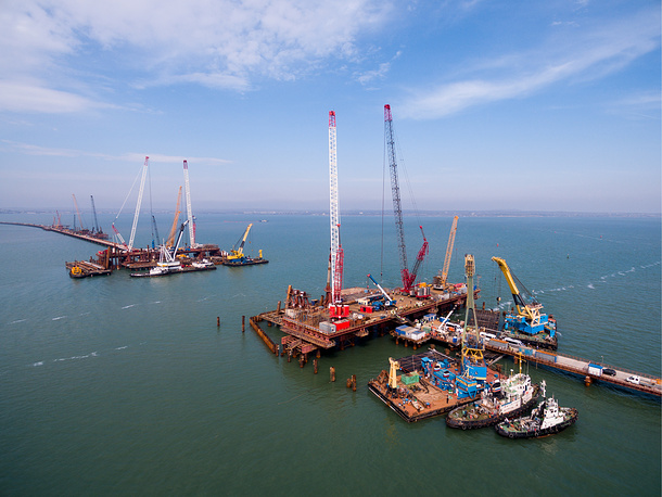 A view of the Kerch Strait Bridge under construction planned to link Crimea's Kerch Peninsula and mainland Russia over Tuzla Spit, March 13