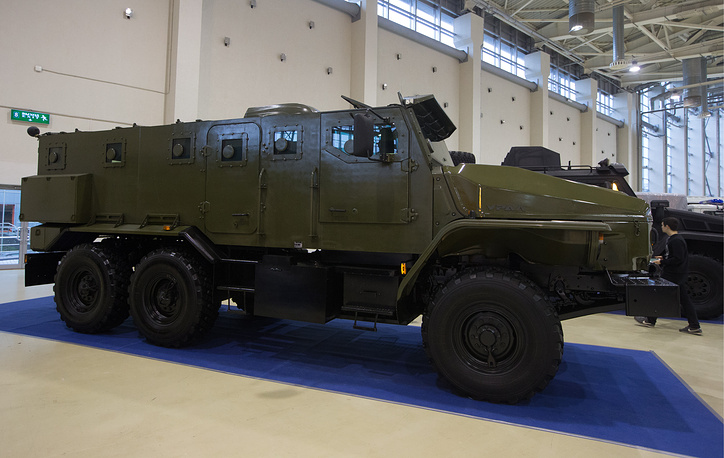 An armoured vehicle of the Russian internal troops, based on Ural-4320 truck chassis