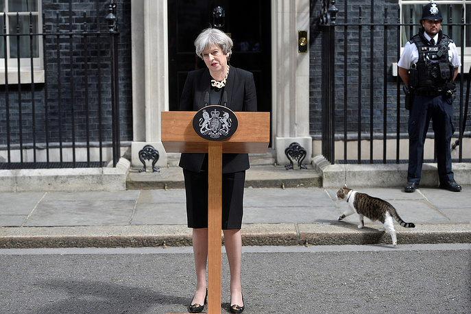 Britain's Prime Minister Theresa May speaks outside 10 Downing Street after an attack on London Bridge and Borough Market left 7 people dead and dozens injured in London, Britain, June 4
