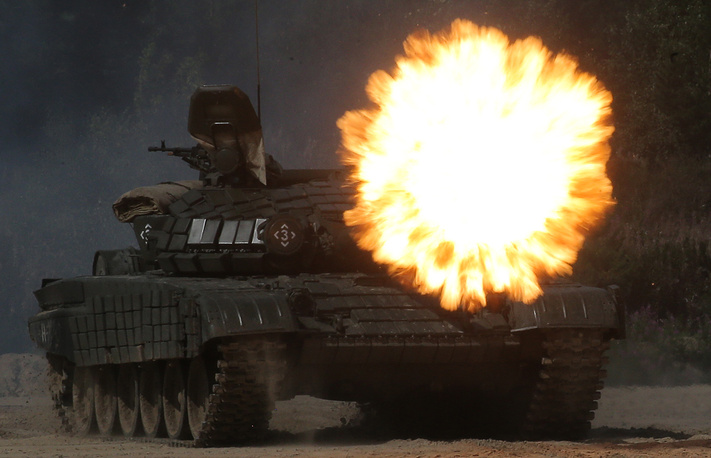 Russian tank T-72 open fire during a competition 'Safe route' as a part of Army Games 2017 outside the town of Tyumen, Russia, August 6