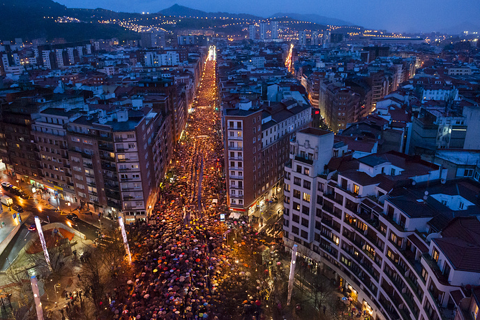 Thousands march during a demonstration organised by the citizen's network which is calling for an immediate end to the dispersal policy and the violation of rights suffered by Basque prisoners, Bilbao, Spain, January 13