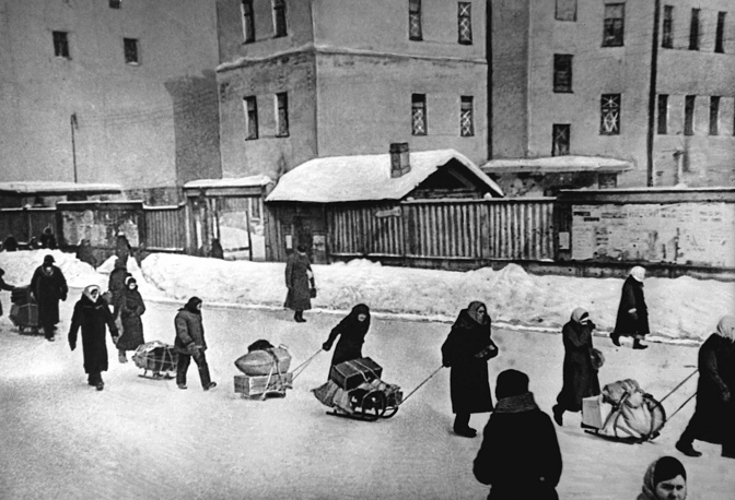 Several hundred thousand people were evacuated from Leningrad across lake Ladoga via the famous Road of life, the only route that connected the city with the mainland