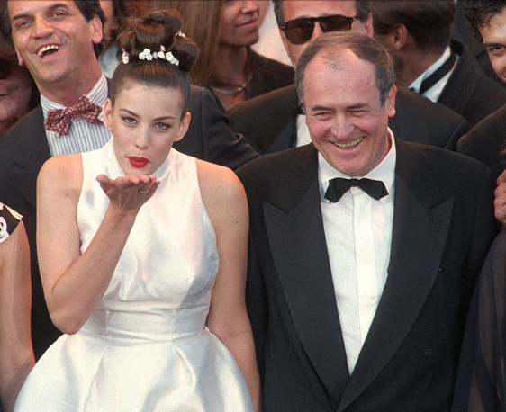 """Actress Liv Tyler and director Bernardo Bertolucci at the screening of the film """"Stealing beauty"""" in Cannes, 1996"""