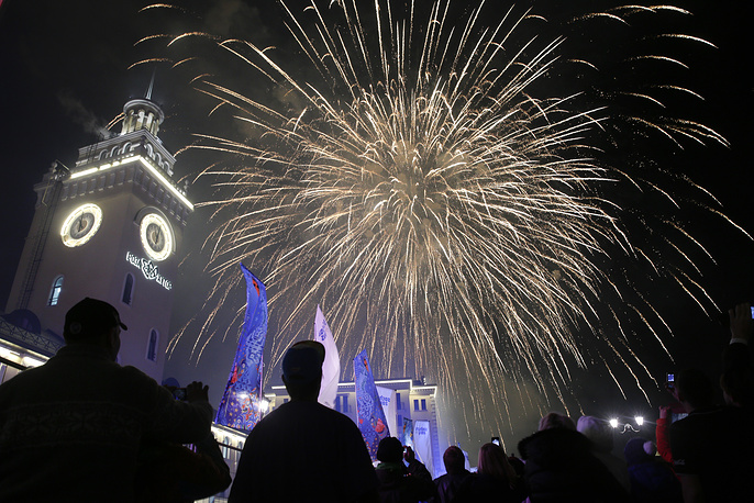 Fireworks exploding after the 2014 Winter Olympics opening ceremony