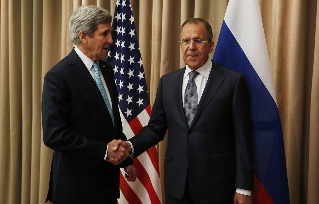 Russian Foreign Minister Sergei Lavrov (right) and US Secretary of State John Kerry AP Photo/Jim Bourg, Pool)