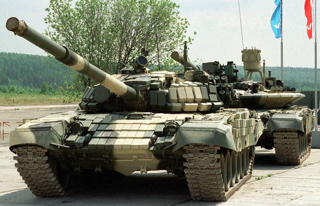 Tanks made at Uralvagonzavod (photo) will get Russian-made starter generators to substitute for Ukrainian-made units ITAR-TASS/Anatoly Semekhin