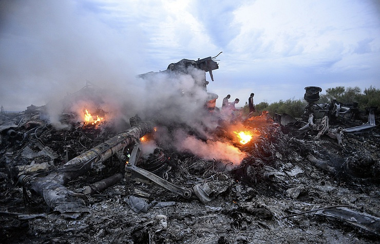 The site of Boeing 777 crash in Donbass EPA/ALYONA ZYKINA