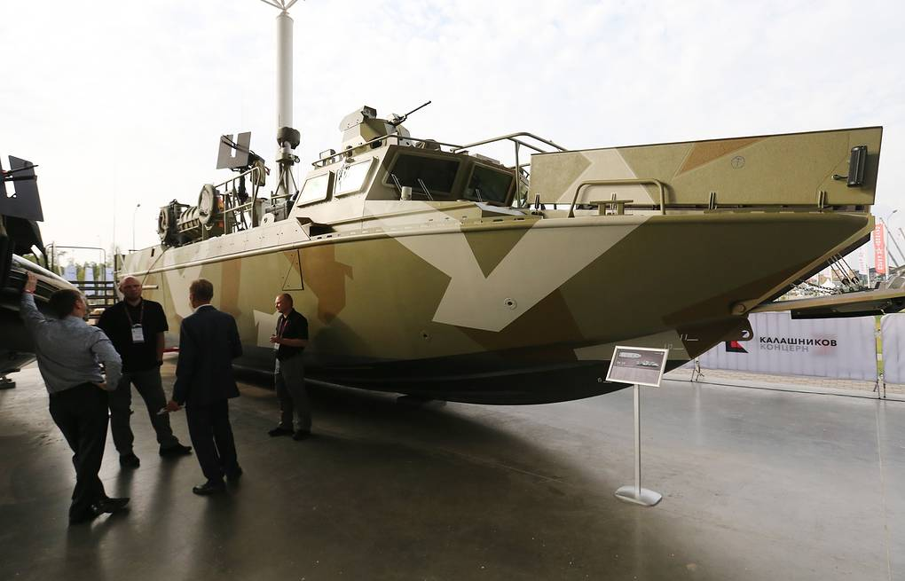 BK-16, a high speed landing boat developed by the Kalashnikov group Anton Novoderezhkin/TASS